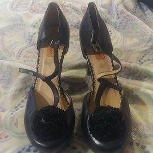 Black heels 8 miz mooz